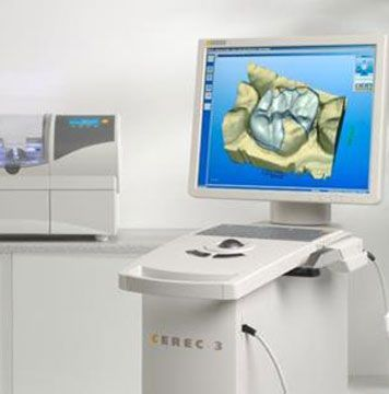 In 1992, Padrós Dental Clinic pioneered the application of CAD-CAM dental use in Barcelona. Today we continue offering the latest version of CEREC 3D system.