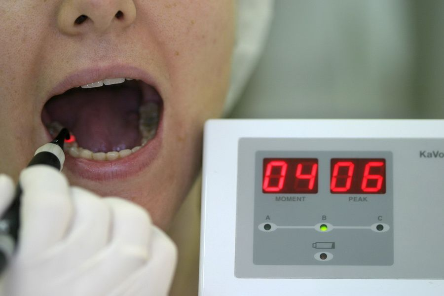 The Diagnodent laser caries diagnosis system facilitates early detection of hidden tooth damage